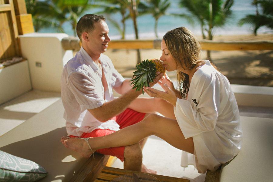 unique honeymoon photos
